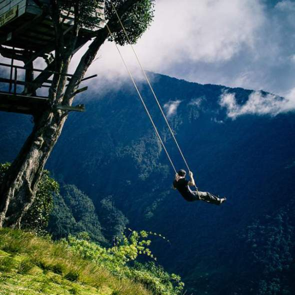 swing-end-of-the-world -ecuador-cliff-1