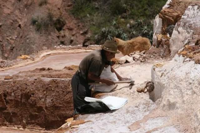 Inca-salt-ponds-11