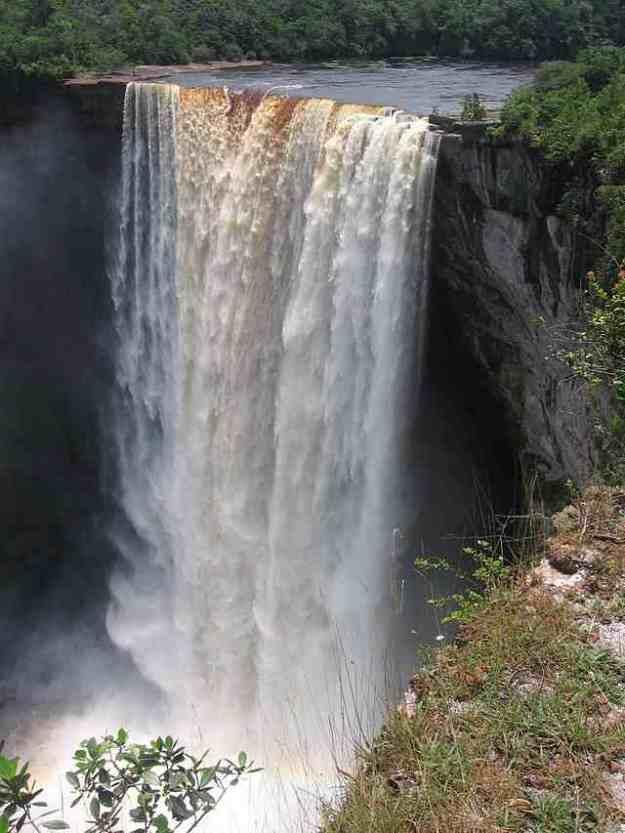 Kaieteur-Falls-2