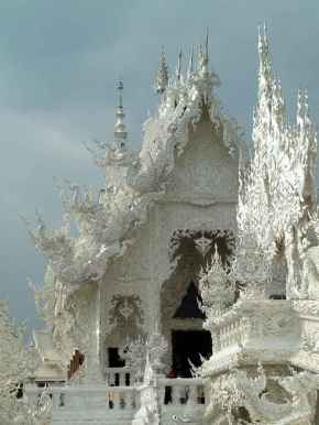 white-temple-thailand-1