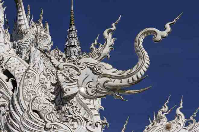 white-temple-thailand-5