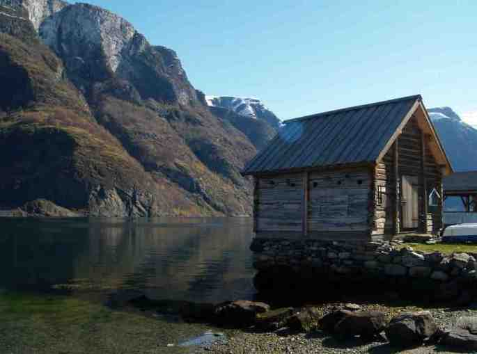 norwegian-fairytale-architecture-12