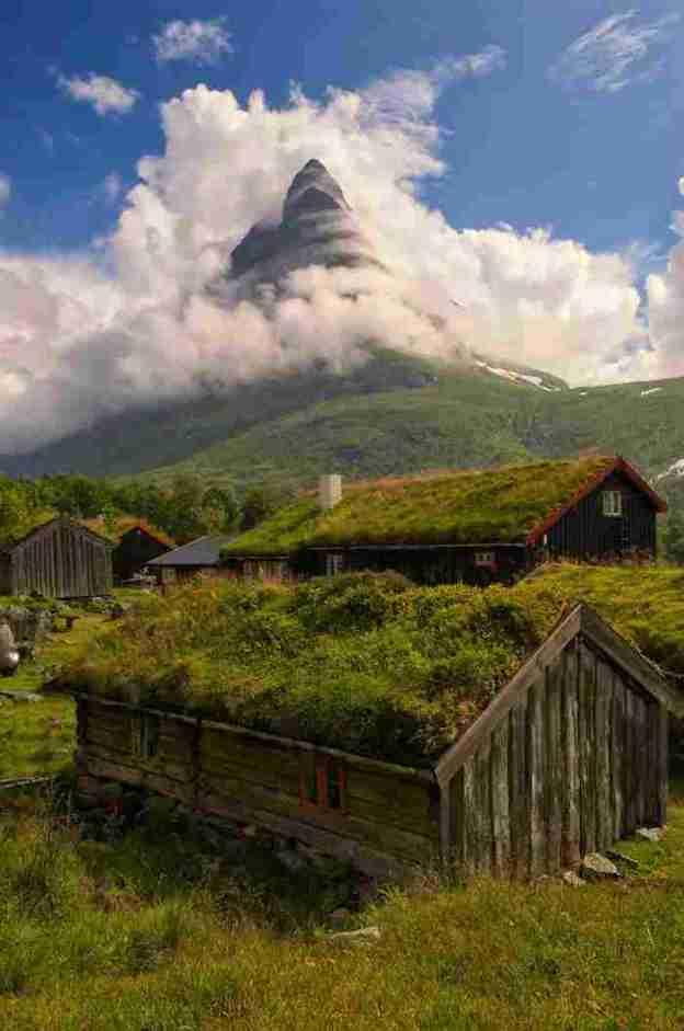 norwegian-fairytale-architecture-7