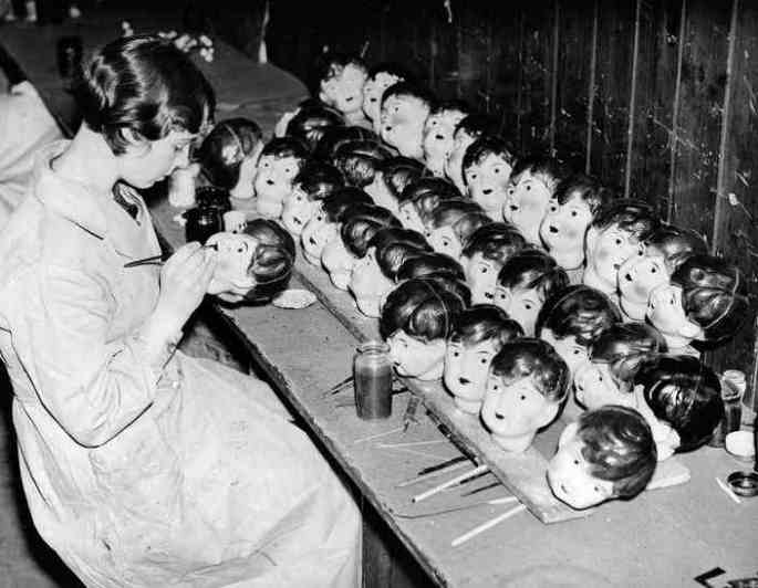 doll-factories-11