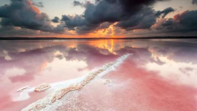 pink-lake-2