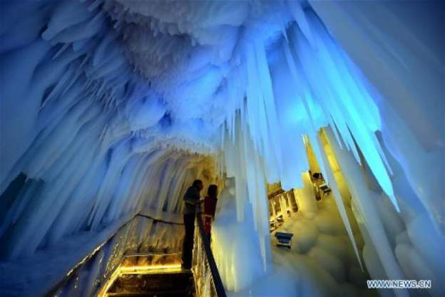 ice-cave-china-3