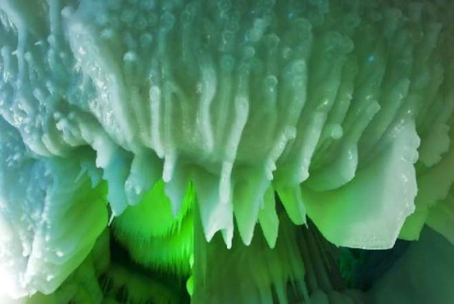 ice-cave-china-7