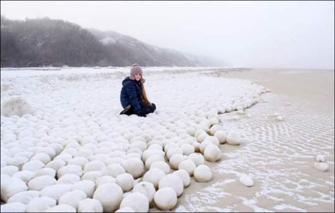 natural-snowballs-siberia-4